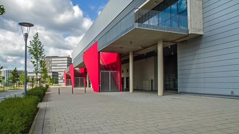 Große EWE-Arena in Oldenburg
